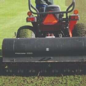 Chi phí sân cỏ nhân tạo 7 người At Sport