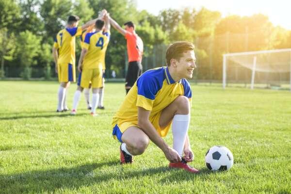 Luật bóng đá 5 người sân cỏ nhân tạo theo tiêu chuẩn FIFA